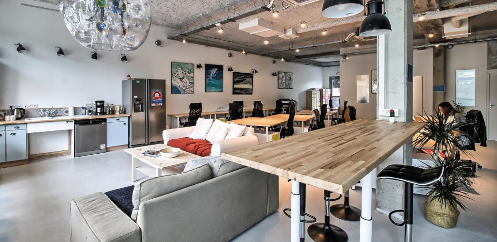 AM Digital Consulting Coworking oasis